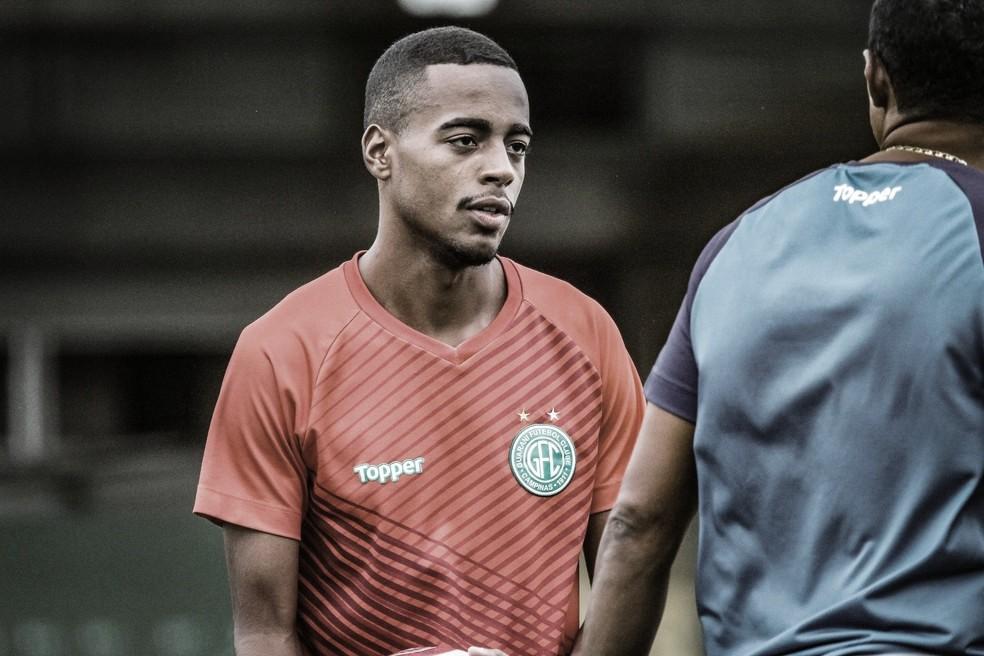 Vitória anuncia contratação do meia-atacante Mateusinho, ex-Guarani