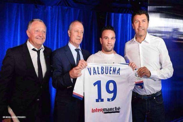 Valbuena à Lyon, c'est officiel