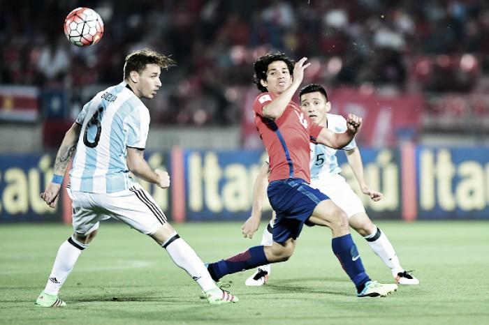 Meia Matías Fernández tem lesão no joelho diagnosticada e está fora da Copa América Centenário