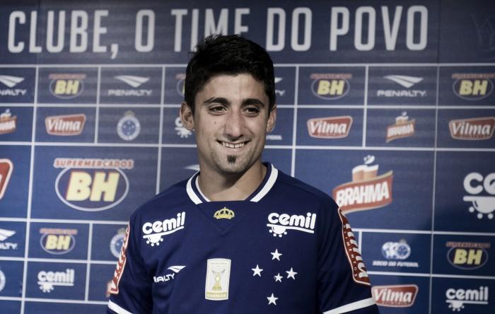 Cruzeiro empresta o argentino Pisano ao Santa Cruz até o fim da temporada