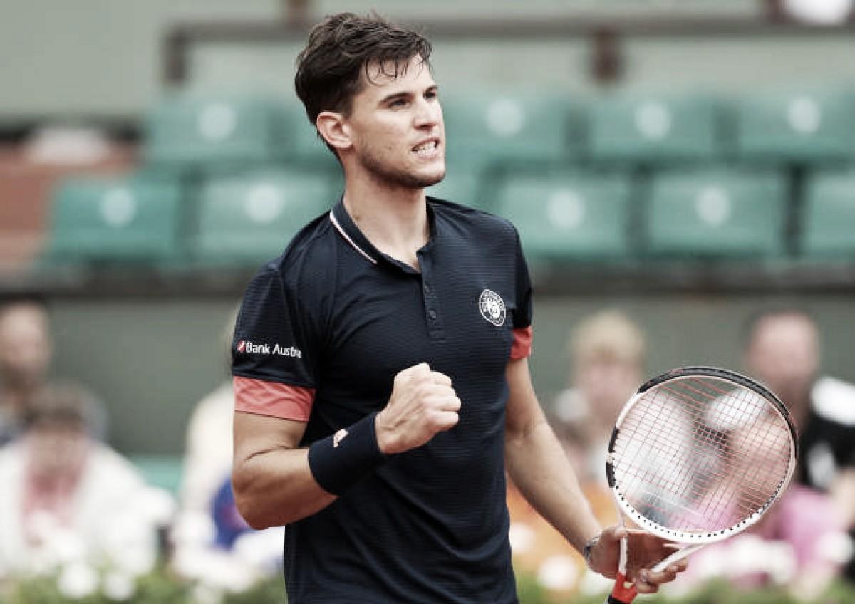 French Open: Dominic Thiem breezes past injured Alexander Zverev