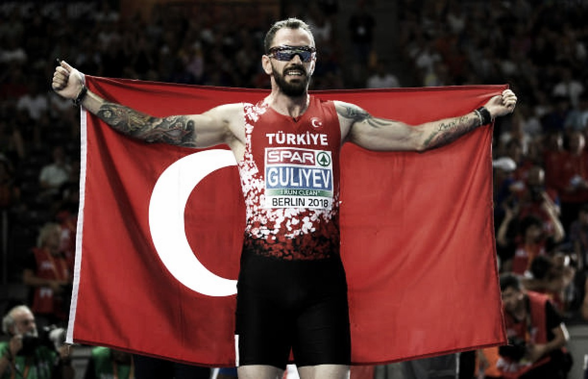European Athletics Championships: Ramil Guliyev cruises to 200m title