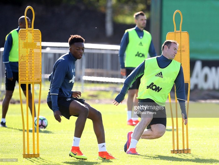Manchester United's Matty Willock loaned to Utrecht for season