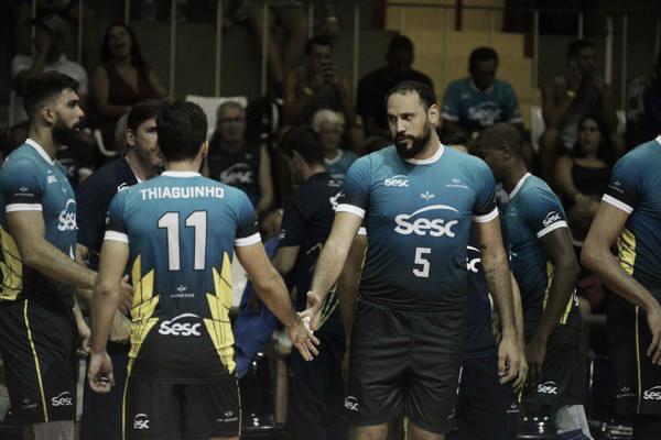 No retorno de Maurício Borges, Sesc-RJ supera Corinthians de virada no tie-break