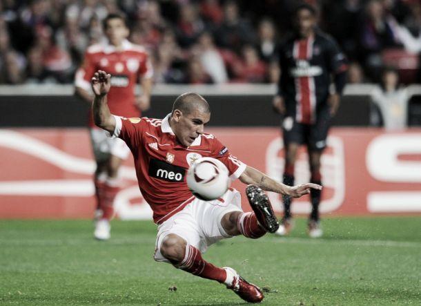 Maxi Pereira com futuro incerto