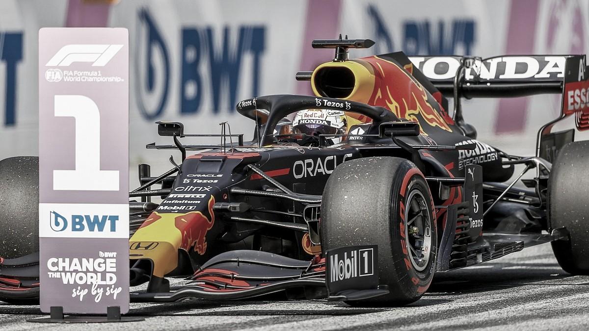 Verstappen coroa fim de semana perfeito com vitória no GP da Áustria 2021