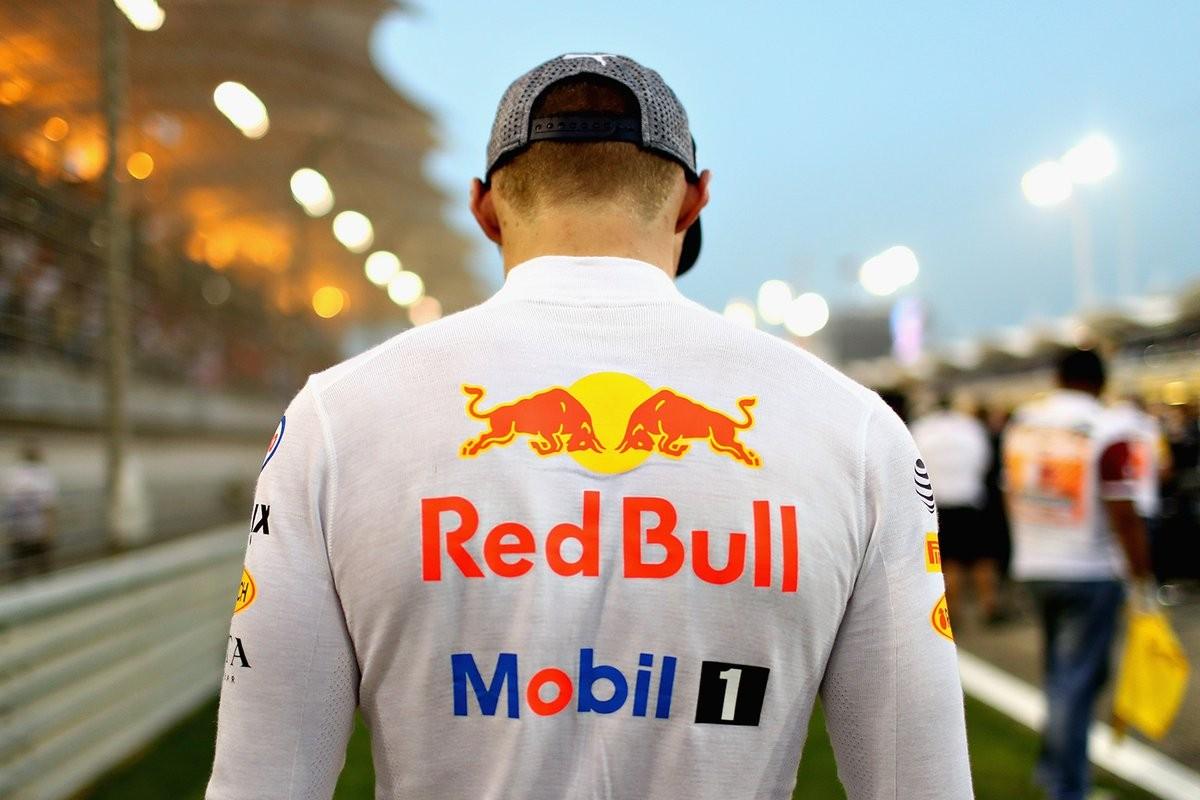 """F1, Gp Cina - Verstappen: """"Siamo qui per il podio. Hamilton? Rischio calcolato"""""""