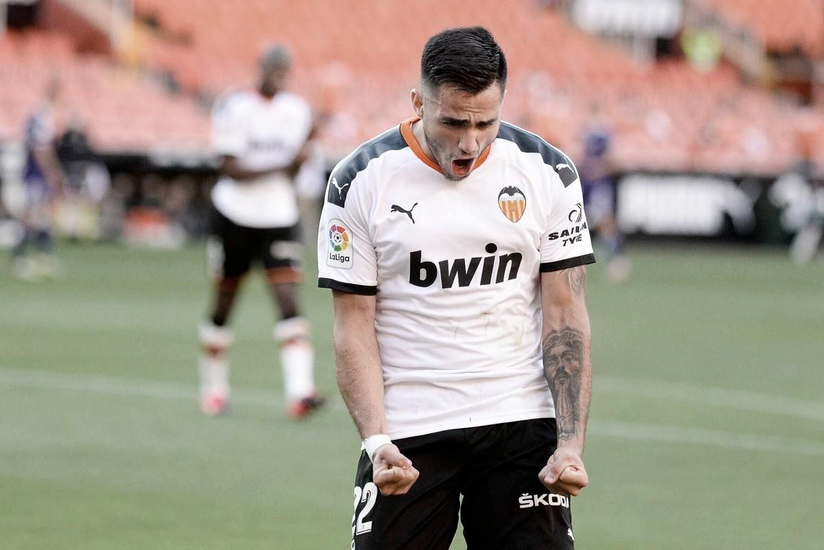 Maxi Gómez, a un año de su fichaje por el Valencia CF