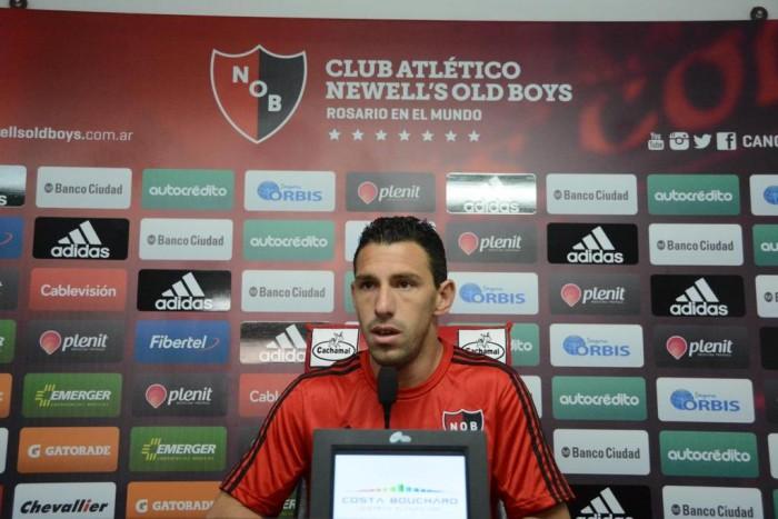 """Maxi Rodriguez: """"Acá las palabras sobran, hay que salir a demostrar y tratar de ganar ese partido"""""""