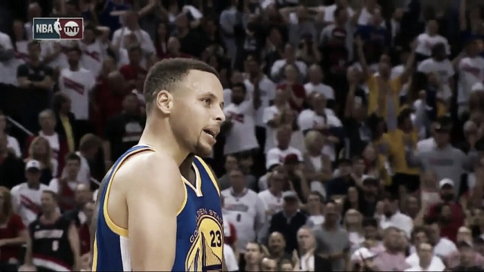 """I'm back"": volvió Curry con récord y victoria en over time"