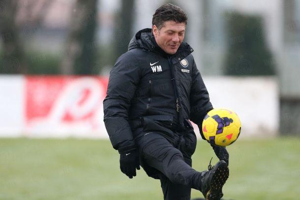 """Mazzarri: """"Non paragonateci al Milan"""""""