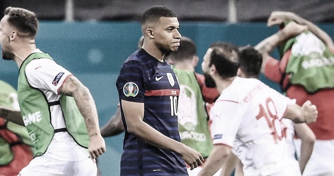 França cede empate no fim, Mbappé perde pênalti e Suíça avança às quartas da Euro