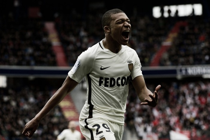 Segundo jornal L'Equipe, Mbappé decidiu deixar o Monaco ainda nesta janela
