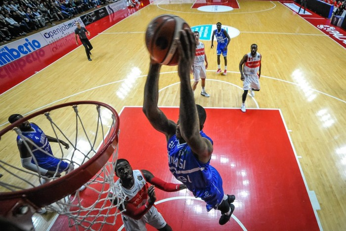 LegaBasket Serie A - Brindisi di rimonta: M'Baye trascina i suoi contro una Torino sciupona