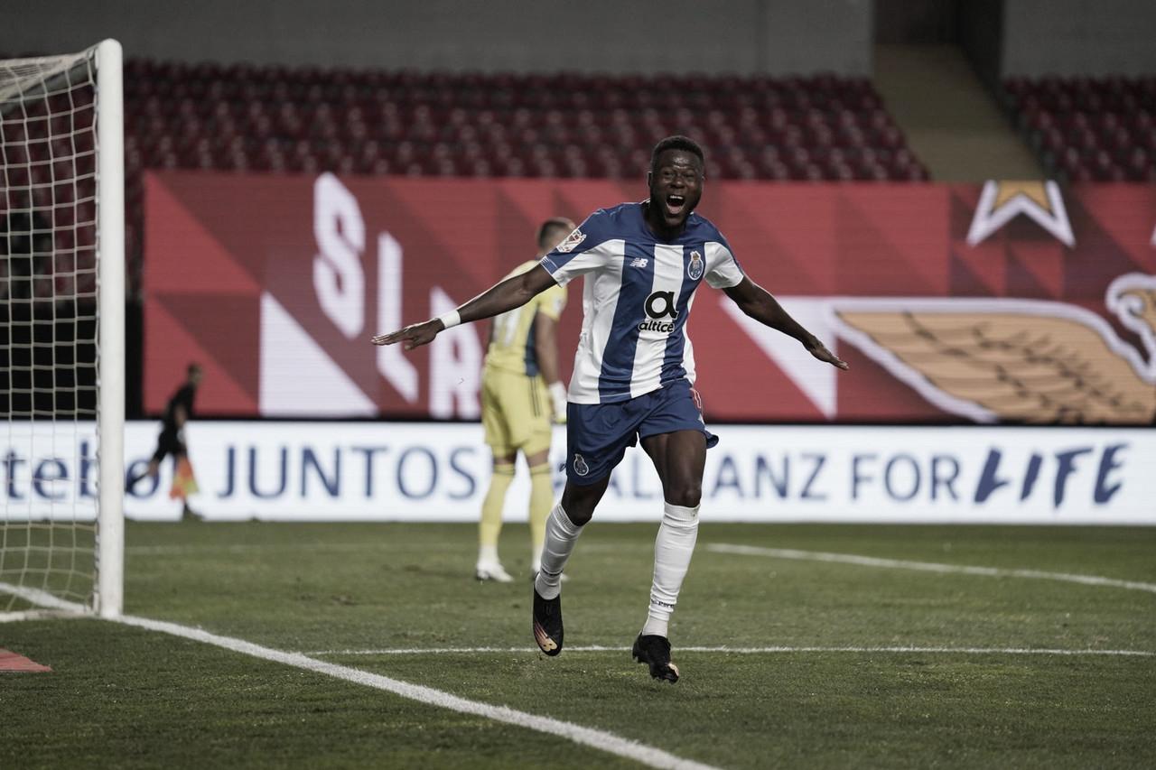 Com um a menos, Porto vence Benfica e conquista Taça de Portugal
