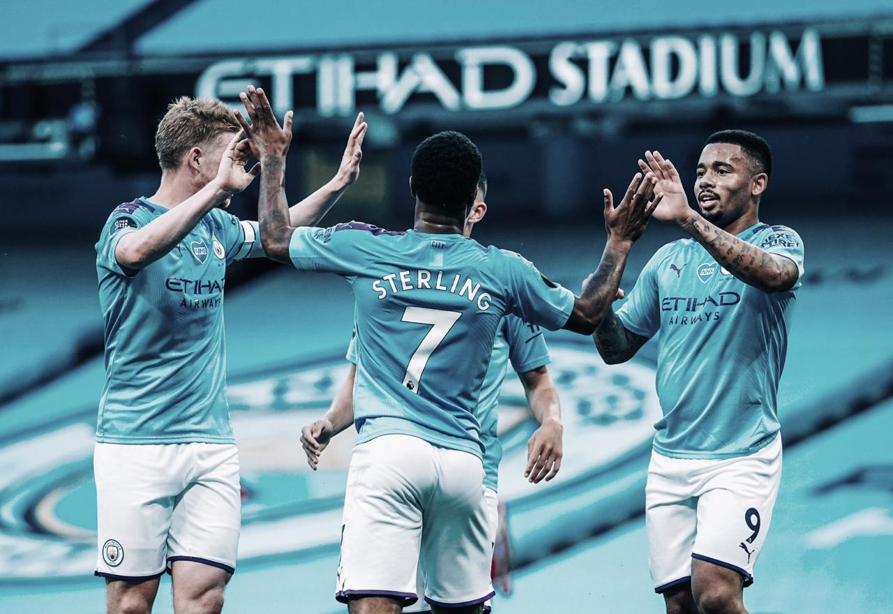 Manchester City atropela Liverpool e carimba faixa do campeão da Premier League