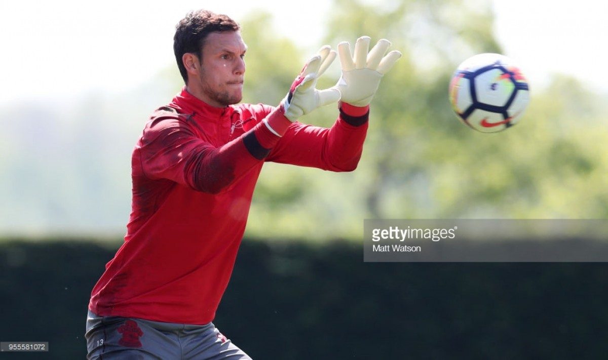 Alex McCarthy pens new four-year deal at Southampton