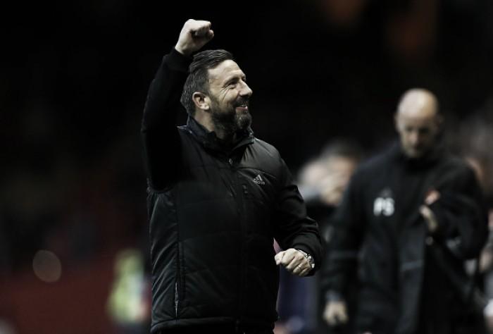 """Após vitória, técnico McInnes elogia desempenho do Aberdeen: """"Deram tudo em campo"""""""