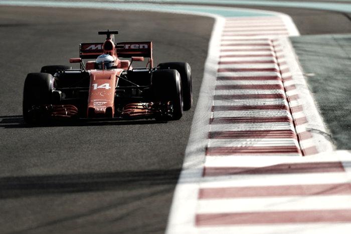 Zak Brown confía en la alianza McLaren-Renault