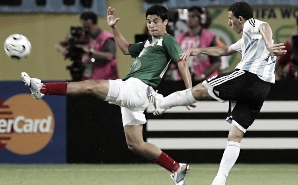 Argentina domina en el historial a México