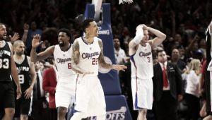 Un héroe llamado Chris Paul guía a los Clippers a semifinales