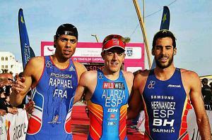 Alarza completa un fin de semana dorado para el triatlón español