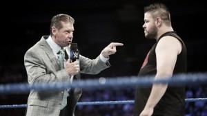 Mr. McMahon pacta el evento estelar de Hell In A Cell