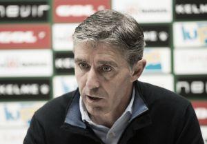 """Paco Fernández: """"Que la afición aplauda al equipo es lo mejor de cada partido"""""""