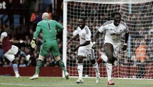 Gomis se basta para batir al Aston Villa