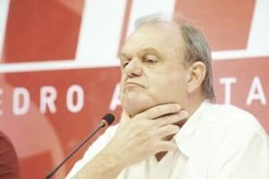 """Piffero desabafa sobre situação do Internacional: """"Enquanto tiver esperanças, lutaremos"""""""