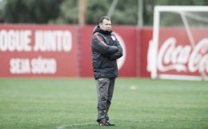 Direção do Inter anuncia demissão de Roth após tropeço em casa e permanência no Z-4