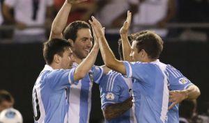 Qualificazioni Sudamerica: l'Argentina è super e va in Brasile, l'Uruguay vince e spera