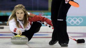 Curling femminile: il Canada elimina la Gran Bretagna e vola in finale