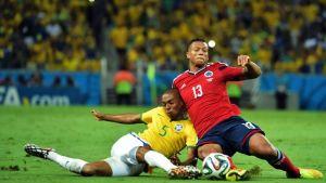 Colombia cae por una pincelada de Neymar
