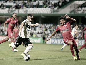 Por vaga na final do Paranaense, Coritiba e Rio Branco disputam decisão do primeiro turno