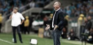 Frente a frente: equilíbrio no desempenho do Grêmio contra seu ex-técnico Mano Menezes