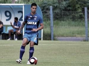 """Atletas do Avaí reprovam postura do time na derrota em Chapecó: """"Precisava jogar mais"""""""