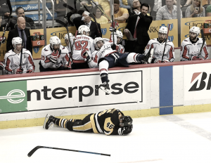Alex Ovechkin freezes the Penguins to cap off the game, take a 2-1 series lead
