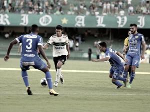 Foz do Iguaçu vence e impõe terceira derrota seguida ao Coritiba no Paranaense