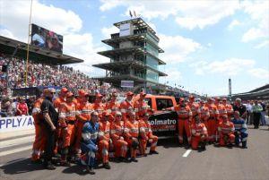 IndyCar: Hinchcliffe Thanks Holmatro Safety Team