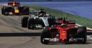 F1, Ferrari e Mercedes a Barcellona con nuove PU