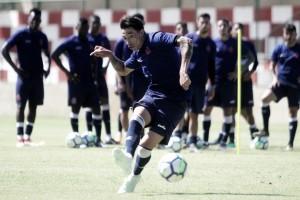 """Rildo demonstra alegria com momento no Vasco: """"Fico feliz por tudo isso que vem acontecendo"""""""