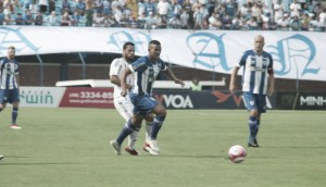 Avaí empata com Figueirense após ficar três vezes atrás do marcador