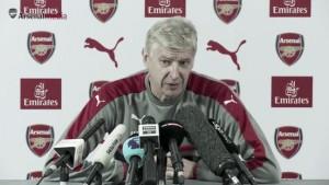 """Wenger: """"Tenemos que afrontar nuestras debilidades defensivas sin perder nuestro estilo"""""""