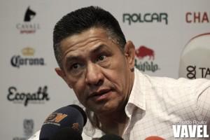 Ignacio Ambriz admite mal juego ante Pumas