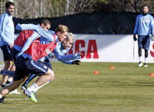 Mandzukic y Fernando Torres, titulares contra el Granada