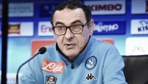"""Napoli - Sarri sfida la Fiorentina: """"Con loro sempre partite dure. Rinnovo di Mertens? Sono contento"""""""