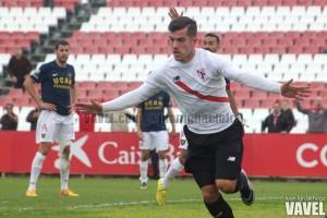 Fotos e imágenes del Sevilla Atlético 1-0 UCAM Murcia, jornada 19 del grupo IV de 2ª B