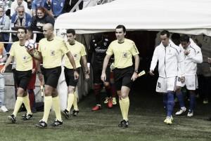 López Amaya, el árbitro del Real Oviedo - SD Huesca