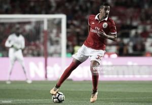 Benfica: André Almeida renova até 2021